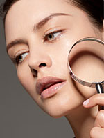 beauty-magnifying-glass