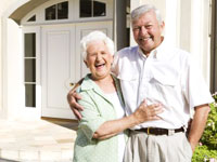 senior-couple-happy-house